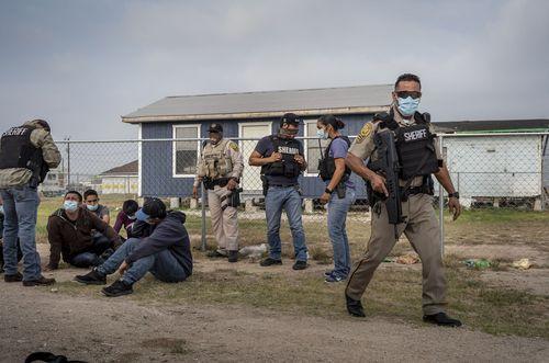 mexico-border-migrants-05