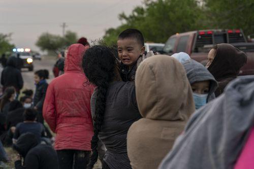 mexico-border-migrants-20