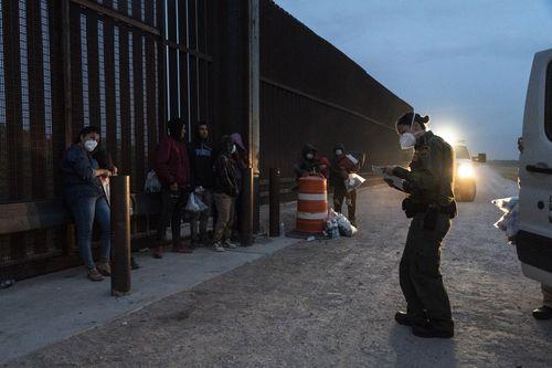 mexico-border-migrants-29