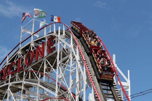 Парк развлечений Wonder Wheel и Луна-парк Кони-Айленда откроются на 33%.